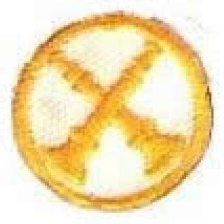 "Hero's Pride 4973 Each - 2 Bugles (Crossed) - Gold on White - 1"" Circle"