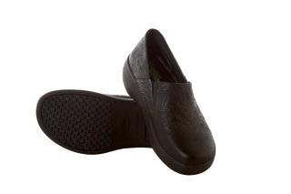 Landau VITALITY Leather Slip Resistant Clog